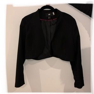 H&M black crop blazer